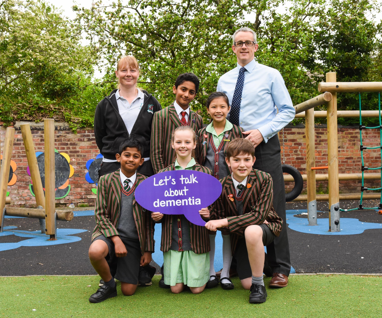 Chris Partington with Forest Park school pupils for dementia initiative