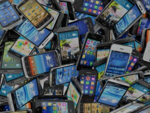 mobile-phones-police-evidence